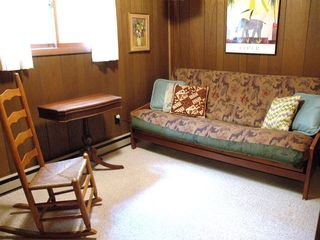 Lee cottage photo - Full Futon Bedroom