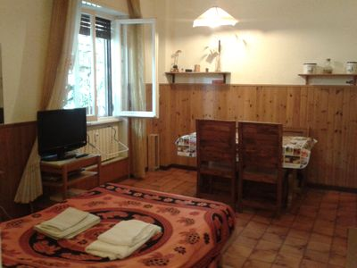 Fully furnished holiday flat with wi-fi - Fully furnished flat with wi-fi