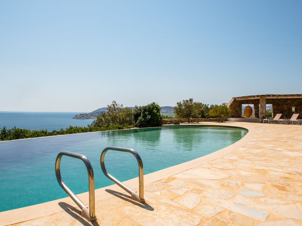 Elegant villa infinity pool stunning homeaway europe - Infinity pool europe ...