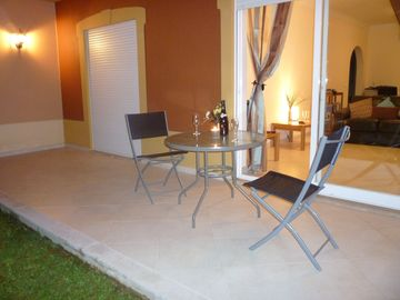 Portimao apartment rental - Front patio