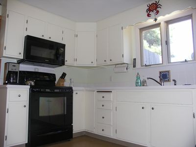 Fully Equipped Kitchen includes lobster pot!