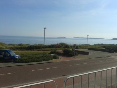 Panoramic views of Cardigan Bay, 30 yards from Blue Flag sandy beach Pwllheli