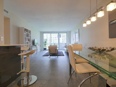 Top Location - Modern and newly renovated - Water View