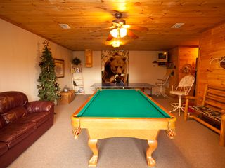 Blue Ridge cabin photo - Game Room, Pool Table, Ping Pong, Darts, Games, TV & DVD Player and More....
