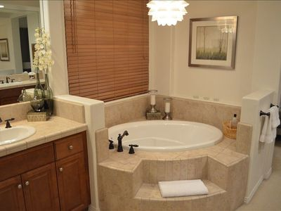 Master Suite Bathroom w/ Hot Tub and large walk-in closet
