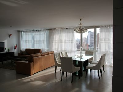 Spacious apt of 4 bedrooms in the center of Curitiba