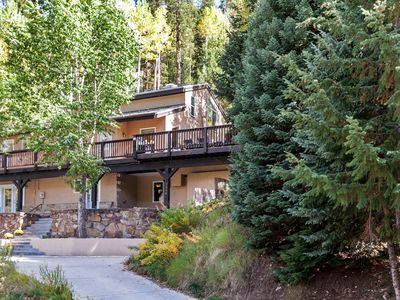 JANUARY SALE!!! $595/nt for 5 Bedroom House with Hot Tub & Steam Room!!