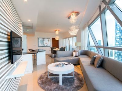 Fully Furnished 2 Bedrooms in Park Tower
