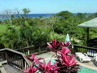 Roatan house photo - Beautiful pool to cool off w fabulous ocean view