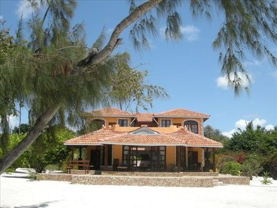 The Casa El Norte Villa is located on the private white sands of the Galu Beach.