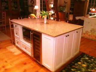 Tom Nevers house photo - Kitchen island complete with wine fridge and microwave/pizza oven!