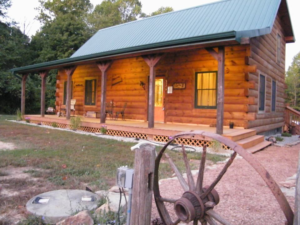 Hoot owl cabin your home away from home vrbo for Home away from home cabins