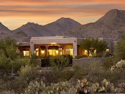 Casa Campana is set it Tucson's pristine Tortolita Mountains foothills
