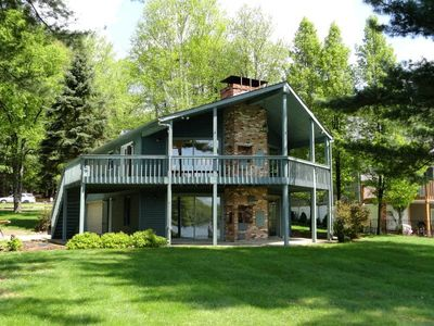 Beautiful, Tranquil & Peaceful Lake Front Cottage w/ Amazing Views!