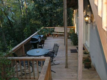 Lower Rear Deck with 2 grills, table & chairs overlooking woods