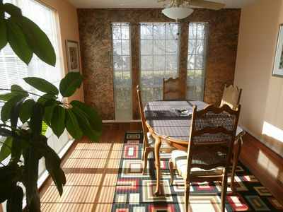 Lithonia house rental - Sunlit Dinning Room