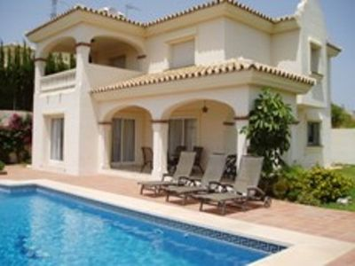3 bedroom villa in Riviera del Sol with private and heated pool