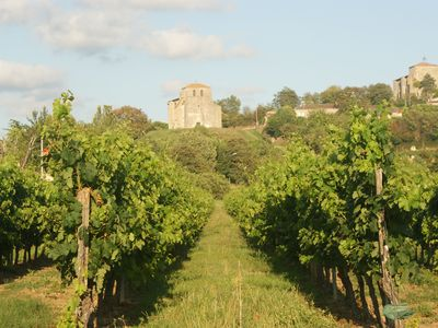 Enjoy Panoramas, Pool and Paradise! Nr St Emilion, adjacent to ancient abbey