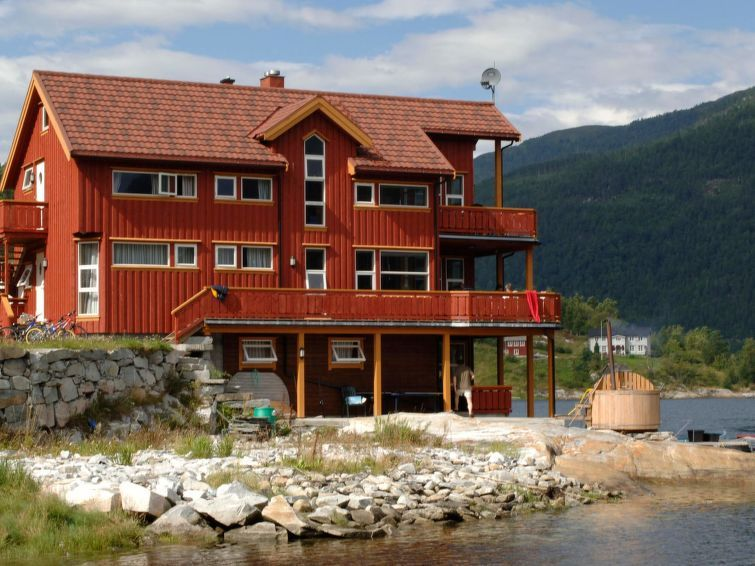 Vacation home Todalsøra  in Todalen, Northern Fjord Norway - 7 persons, 3 bedrooms