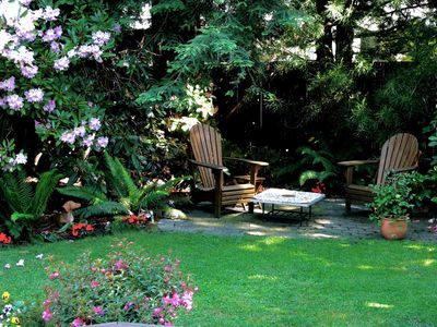 After a stimulating day of all there is to see & do ...  relax in the garden ...