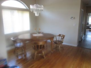 Staten Island house photo - Dining area. Leaf available to expand table