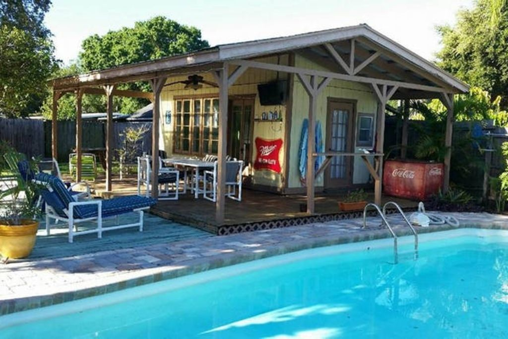 Key West Themed Backyard : Tampas Coolest Key West Style Pool Home &  VRBO
