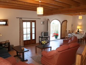 Le Sapin, living and dining area