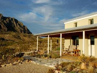 Big bend getaway views comfort and homeaway terlingua for Big bend texas cabin rentals