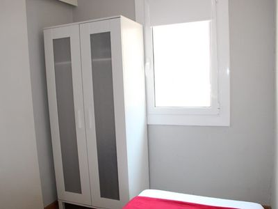Barrio Gotico apartment rental - First Single Bedroom with Wardrobe