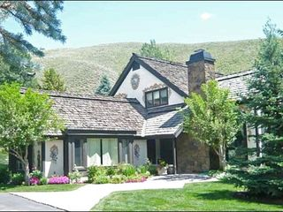 Sun Valley townhome photo - Finely Painted Exterior Decor