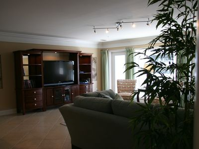 Crescent Beach villa rental - Downstairs 52 inch flat screen tv & dvr box and blueray dvd player.