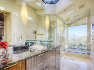 Library room bathroom with separate shower and bathtub. - Tiburon house vacation rental photo
