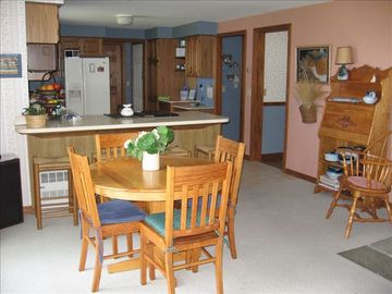 family room table off kitchen