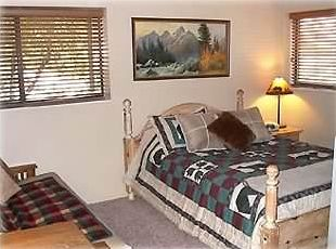 2nd Bedroom  Queen size Bed and New Full size Futon, Private Bath, Kitchenette
