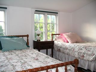 Edgartown cottage photo - Upstairs Bedroom (3 Singles)