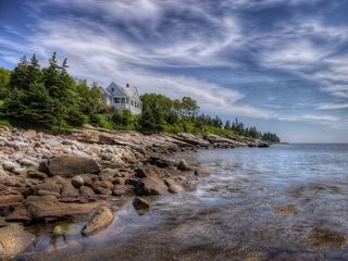 Pemaquid Point cottage photo - On the edge of John's Bay and the open Atlantic ocean