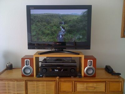 Waipouli apartment rental - Entertainment System: 32' LCD TV, HD Cable Box, DVD/CD Player, AM-FM Receiver