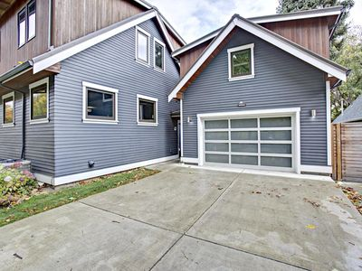 Brand New 1BD/1 BA Across From Sellwood Park