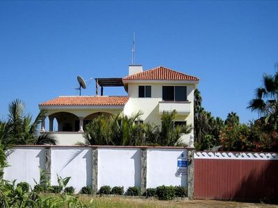 The Pescadero Palace is a beachfront 7BR/8Bath Villa sleeping 1-18 people