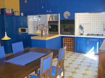Elegant listed Townhouse, large terrace with plants, garage, 5km from sea