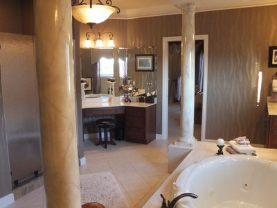 Master Bath, jet tub, tile shower, 2 sinks, vanity