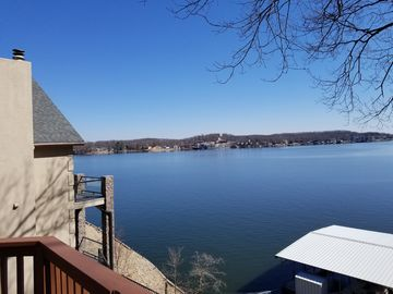 Lake House with Stunning Views from Every Room