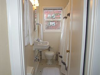 Portland apartment photo - Bathroom