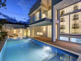 G818 contemprorary luxury villa with private indoor 8143511 for Villas in uk with swimming pool
