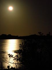 Lubbers Quarters Cay cottage photo - A glowing full moon viewed from the deck of the cottage