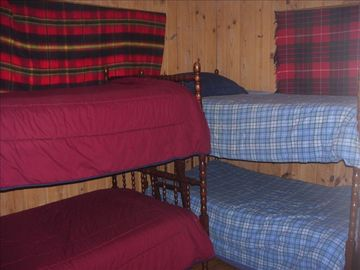 Comfy bunks for that cottage feel!