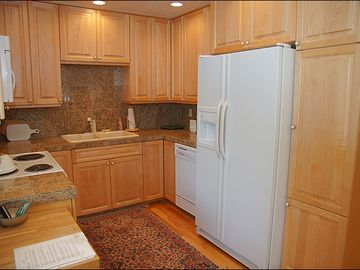 Nicely Remodeled Kitchen, Fully Equipped!