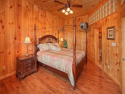 Gatlinburg cabin rental - .