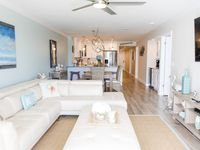 Fully remodeled Luxury 3 beds Condo