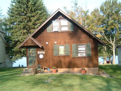 Lakefront Swiss Chalet  GREAT Escape Enjoy the relaxation of the peaceful lake.